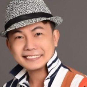 Nghệ sĩ Nguyễn Quang