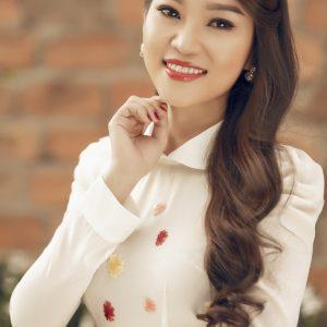 Ca sĩ Trương Bảo Như